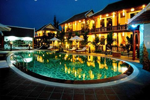 Pho hoi riverside resort 1