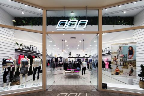 Masterplanners-Lorna-Jane-Mandurah-Retail-03