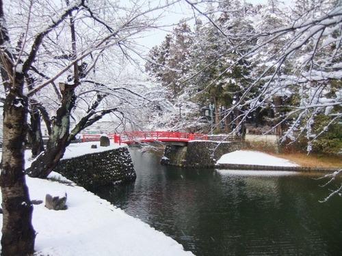 雪の秘し橋