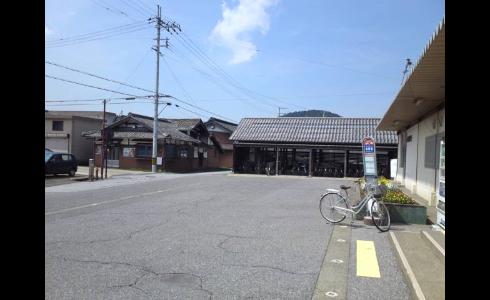 柏原駅前2