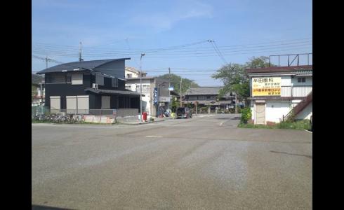 近江長岡駅前