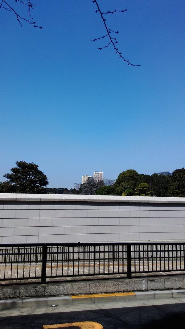 日暮里東口の高層ビル