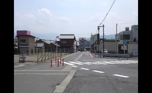 関ヶ原駅前2