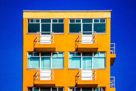 building-5630441_1920