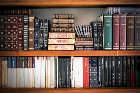 books-1680953_1920