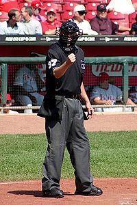 200px-Baseball_umpire_2004