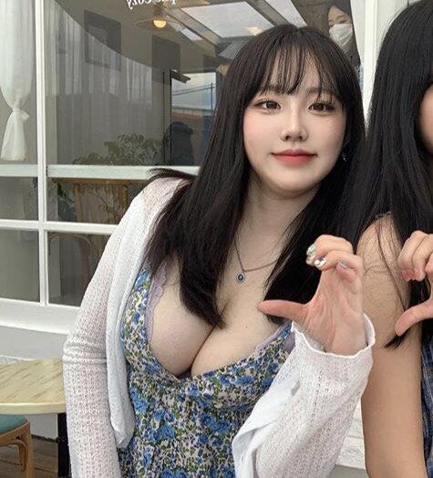 【画像】韓国人女性の平均顔がコチラ
