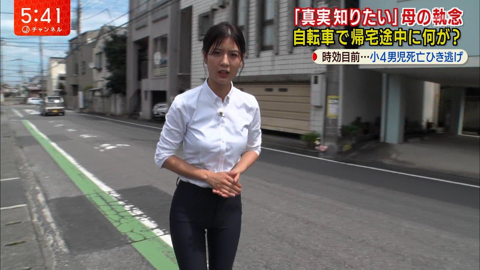 【画像】このアナウンサーのパンツスーツ流石にサイズ合ってなさ過ぎじゃないか?