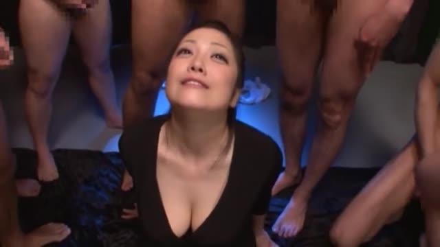 巨乳≫小向美奈子  爆乳スケベ娘まんこヌレヌレ