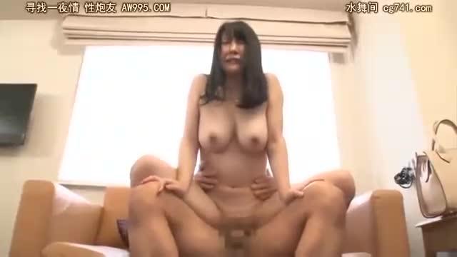 巨乳≫口に出されて困り顔のかわいい巨乳美女の本気SEX!