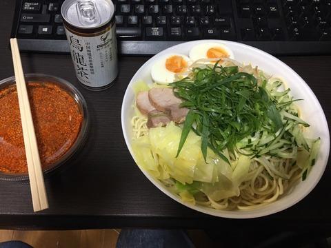 お久しぶりの麺