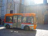小さいバス