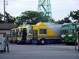20040625-船橋市・船橋競馬場・競走馬用バス-DSC03171