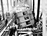 1978(昭和53)年2月28日21時34分:帝都高速度交通営団(東京メトロ)・地下鉄東西線・荒川鉄橋脱線事故-DSC01202