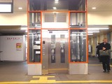 20050124-船橋市西船-西船橋駅・エレベータ-1949-DSC04695