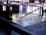 20050726-JR東京駅・八重洲口・地下街入口の土のう-1849-DSC02904