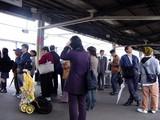 20050411-0859-千葉北東部地震・JR京葉線・JR南船橋駅-DSC08419