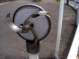 20050529-船橋市若松・道路の反射板・クリーナ付き-1217-DSC02235