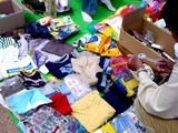 20050529-習志野市芝園1・日産カレスト幕張・カレストホール前ひろば・フリーマーケット-1023-DSC02093
