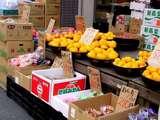 船橋市本町4・石沢青果・野菜価格・みかん-20041106-DSC00575