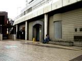 20060918-船橋駅・空きスペースの石-1116-DSC01309