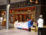20061224-ららぽーと・ダッキーダック・ケーキ販売-0953-DSC09687