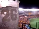 20060805-千葉マリンスタジアム・ビール販売-2025-DSC04741
