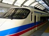 20061210-京成船橋駅・スカイライナー・停車-1146-DSC07259