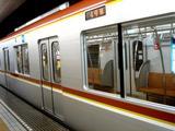 20060914-東京メトロ・有楽町線・10000系車両-0935-DSC00110