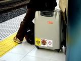 20061210-京成船橋駅・スカイライナー・停車-1141-DSC07242