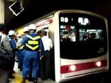 20070628-JR京葉線・JR東京駅・人身事故-2258-DSC00993