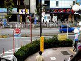 20070422-JR津田沼駅前・スーパー防犯灯-1329-DSC00535