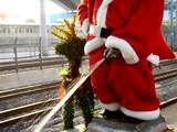20071203-JR浜松町駅・小便小僧・クリスマス-0811-DSC08249