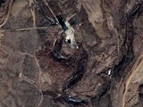 20090326_北朝鮮_テポドン2号_ミサイル基地_衛星写真_370