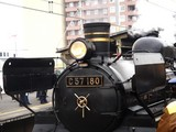 20090211_JR京葉線_千葉みなと駅_SL_C57-180_1241_DSC02590