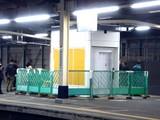 20091202_JR東日本_京葉線_南船橋駅_エレベータ_1933_DSC00276
