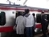 20101027_JR京葉線_信号機故障_運転を見合わせ_0842_DSC07972