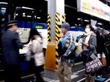 20101228_東京都八重洲口_東京駅_高速バス_帰郷_2238_DSC08555