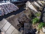 20110326_東日本大震災_船橋市栄町2_堤防破壊_1548_DSC08877