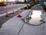 20110312_東日本大震災_イケア船橋前_液状化_1719_DSC09230