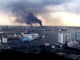 20110311_東日本巨大地震_お台場でビル火災中_255928736T