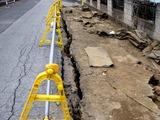 20110402_東日本大震災_船橋市湊町_道路_被害_1145_DSC00439