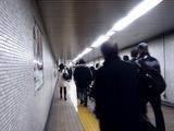 20110312_東日本巨大地震_帰宅難民_交通_始発_0537_DSC08600