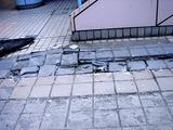 20110317_東日本大震災_浦安_新浦安駅前_液状化_1536_DSC07411