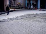 20110317_東日本大震災_浦安_新浦安駅前_液状化_1536_DSC07407