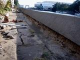 20110326_東日本大震災_船橋市栄町2_堤防破壊_1548_DSC08879