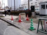 20110320_東日本大震災_幕張新都心_マンホール隆起_1241_DSC08291