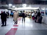 20110312_東日本巨大地震_帰宅難民_交通_始発_0634_DSC08649