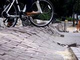 20110320_東日本大震災_幕張新都心_歩道_NTT回線_1227_DSC08232