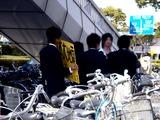 20110319_東日本大震災_幕張_街頭募金_学生_1438_DSC07872